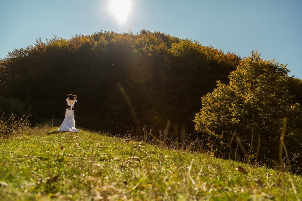 Sedinta foto dupa nunta pe muntii Sureanu