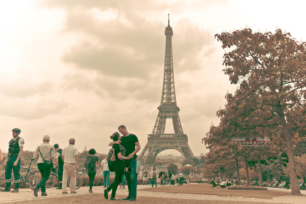 Photographer engagement Paris